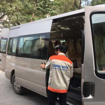 Lên cửa lùa tự động cho xe 16 chỗ tại Hà Nội - Rambo