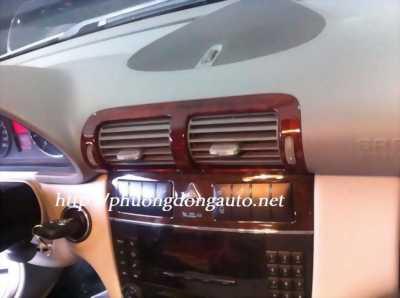 Sơn giả gỗ cho xe Mercedes - Các ốp gió điều hòa, tay nắm cửa full