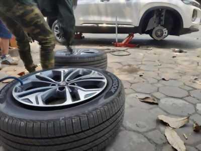 Áp suất lốp theo xe HYUNDAI SANTAFE 2019 Chính Hãng