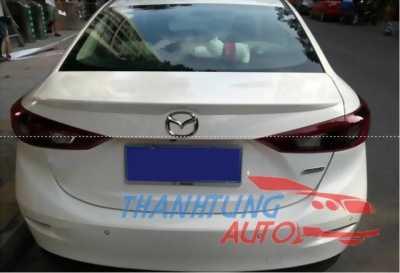 Đuôi gió cho xe Mazda 3 làm giảm cảm giác bị bay xe