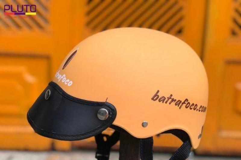 in logo lên mũ bảo hiểm   in nón bảo hiểm theo yêu cầu