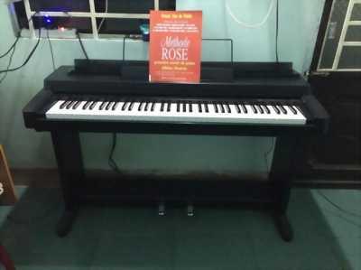 Piano yamaha clavinova clp-260