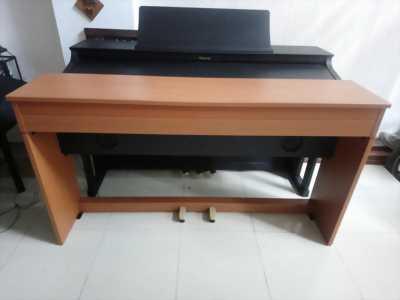 Cần bán piano điện Roland DP 900
