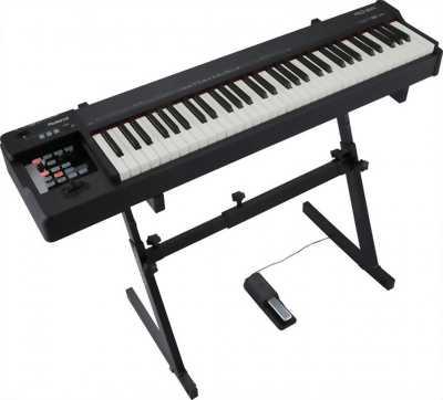 Đàn piano điện HP550G đã qua sử dụng nhưng vẫn mới