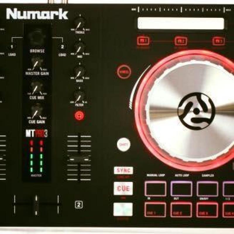 Cần bán Bàn DJ Numark