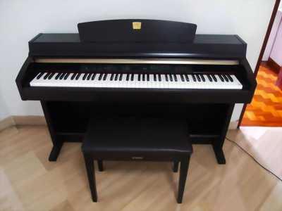 Piano điện Yamaha CLP-870 đã qua sử dụng, giá rẻ