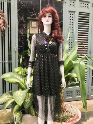 Đầm voan bi đen
