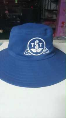 Xưởng may nón tai bèo, nón lưỡi trai giá rẻ dịp cuối năm