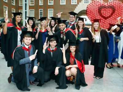 xưởng may lễ phục tốt nghiệp trạng nguyên, áo thụng sinh viên giá rẻ