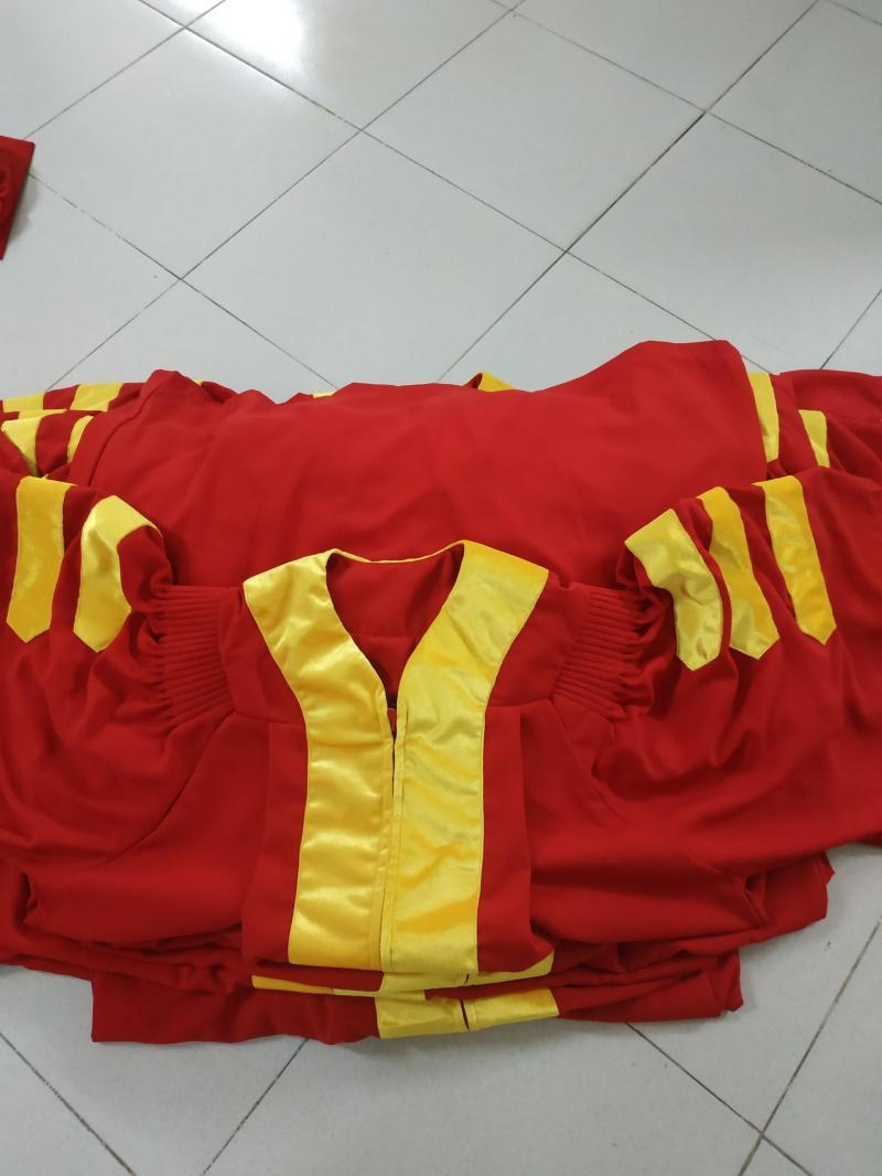 nhận may lễ phục tốt nghiệp tiến sĩ trạng nguyên