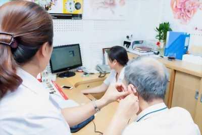 Dịch vụ đo và thử máy trợ thính tại nhà