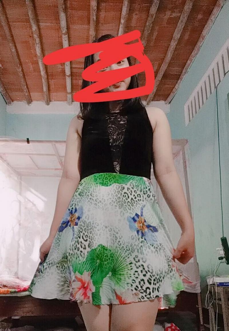 Đầm váy hàng may mặc 1_2 lần mới  cần dọn tủ