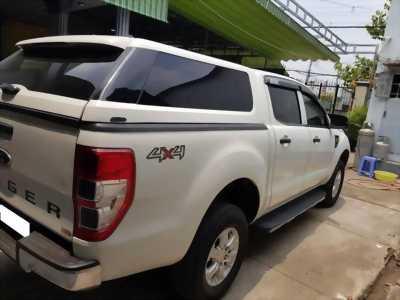 Dư sài bán Ford Ranger 2014 số sàn máy dầu, màu trắng, 2 cầu điện
