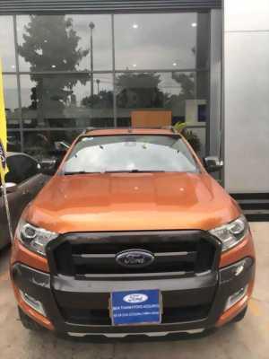 Bán Ford Ranger Wildtrak 3.2L màu cam đời 2015