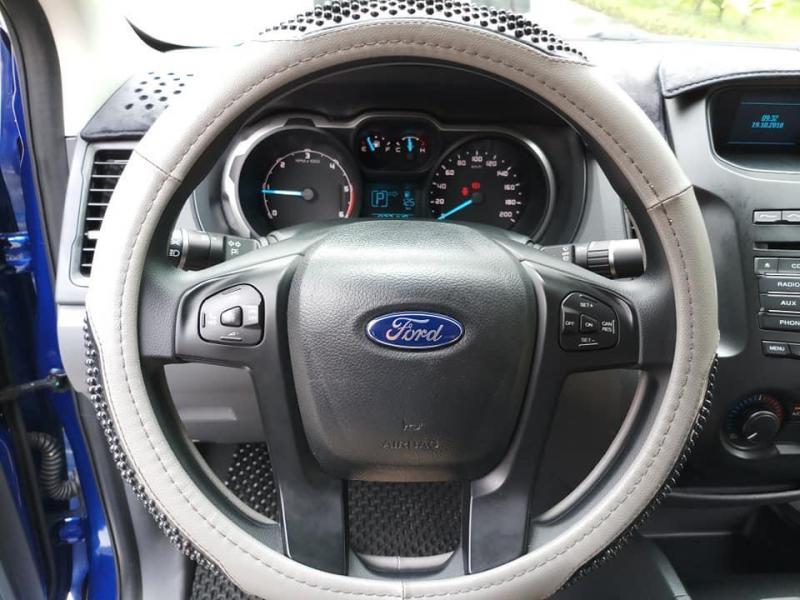 Bán xe Ford Ranger  2016 số sàn màu xanh đẹp long lanh nhé