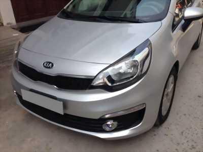 ần bán xe Kia Rio 2015 số sàn màu bạc, odo 98.000km, biển số tp