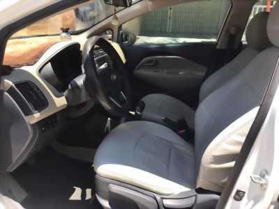 Bán Kia RiO 2015 số sàn màu Trắng xe như mới