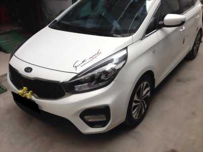 Cần bán xe Kia Rondo 2017 số tự động