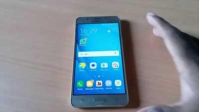 Samsung Galaxy J5 Vàng 16 GB