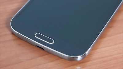 Samsung Galaxy J7 Pro 64 GB đen