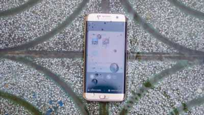 Samsung Galaxy S8 vàng hồng