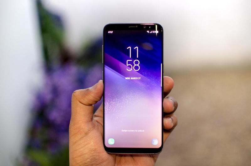 Galaxy a6 2018 nguyên hộp mới mua 13.7.2018.