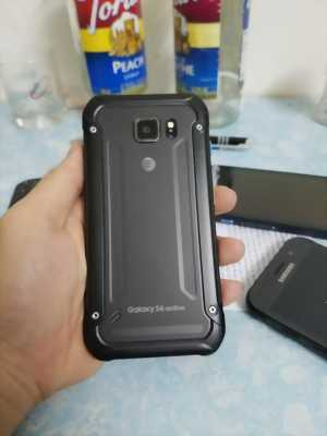 Cần bán Samsung Galaxy S6 Active màu đen,32GB.