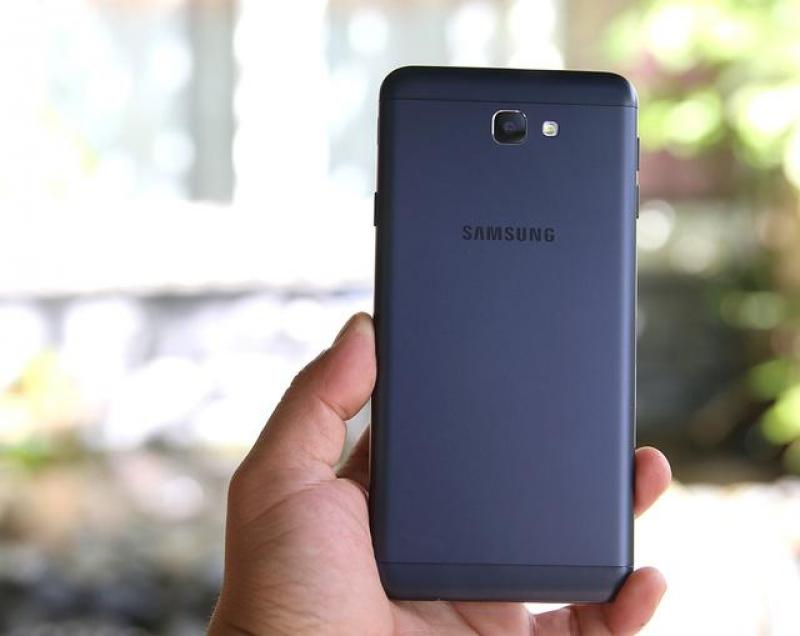 Samsung galaly J7 prime
