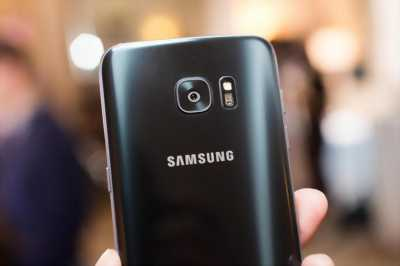 Samsung Galaxy A8 Plus Đen bóng - Jet black ở Hà Nội