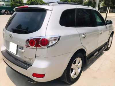 Cần bán xe Santafe 2009, số sàn, màu bạc, gia đình sử dụng rất ít