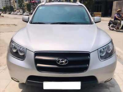 Cần bán xe Hyundai Santafe 2009 đk 2010 số sàn máy xăng, màu bạc
