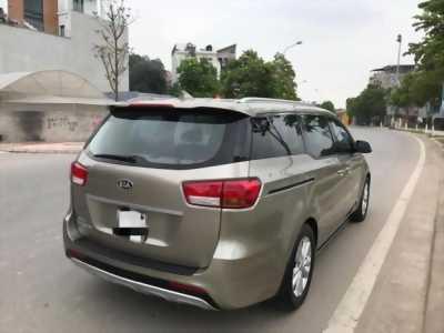 Cần bán xe ô tô Sedona 3.3, sản xuất 2016, số tự động