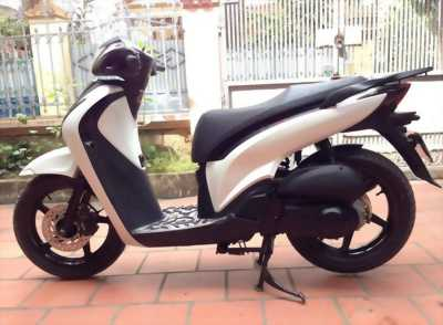 SH nhập khẩu 125 đời 2011 màu trắng Sport cực đẹp