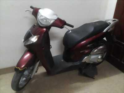 Honda SH 150 cm3 ,nhập Ý, 1,8 vạn, màu trắng