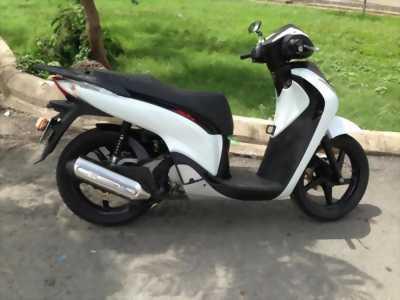 Honda SH 150cc màu trắng đời 2014