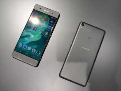 Sony Xperia XA 16 GB đen