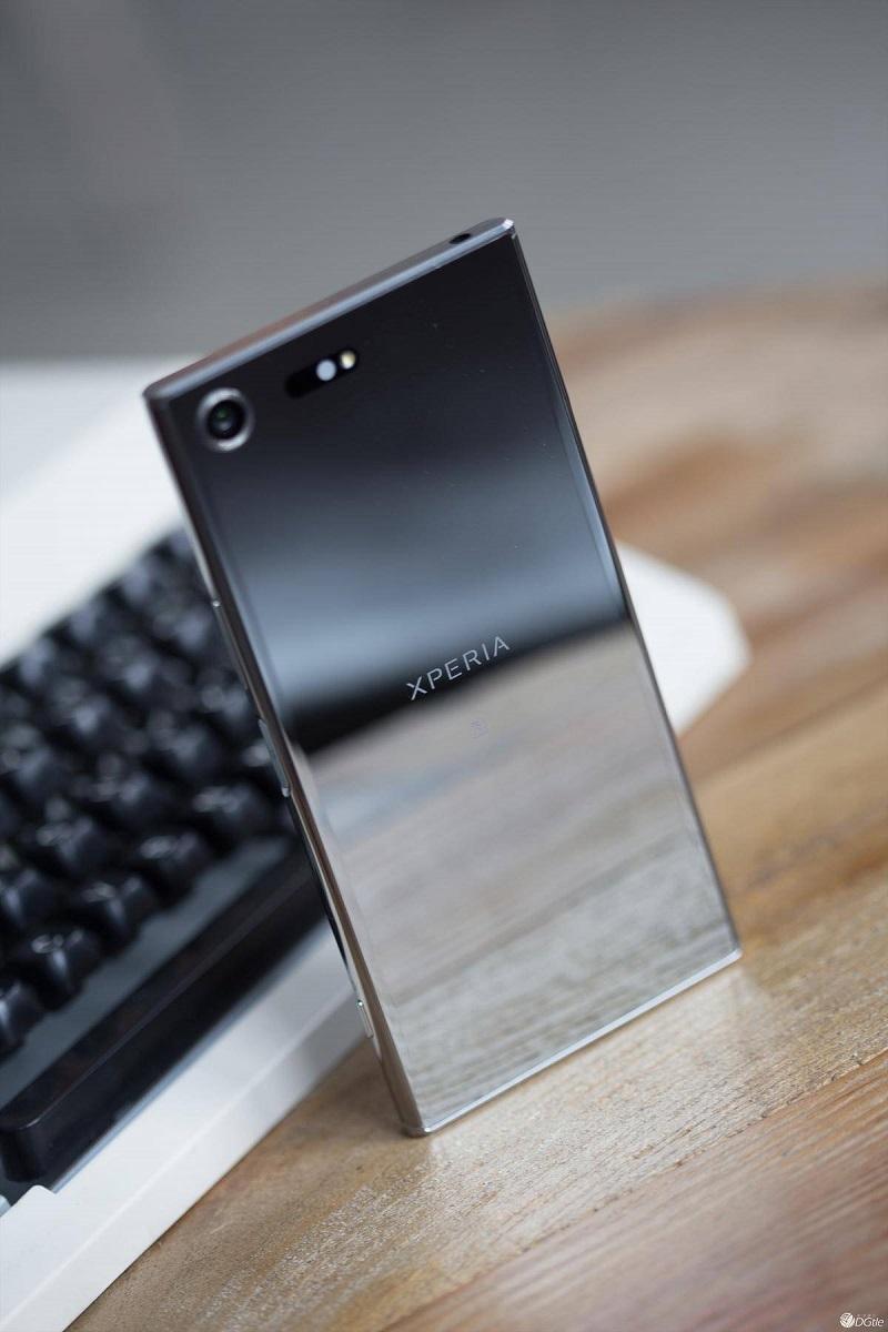 Sony Xperia Z5 premium bạc trắng gương 32 g