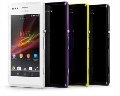 Cần bán điện thoại Sony XA1 vàng đồng