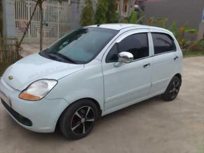 Mình cần nhượng lại cho ae chiếc xe CHEVROLET SPARK 2009 còn mới, máy chạy tốt, chạy êm, giá hữu nghị nhất có thể