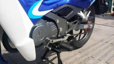 Bán xe Xipo Sport 120 màu xanh trắng.