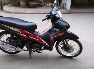 Xe WAVE RSX màu đỏ đen đời 2011 còn mới