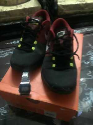 cần bán giày bata còn mới