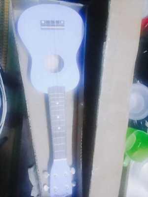 Em cần pass lại đàn ukulele chưa sử dụng lần nào ạ còn mới