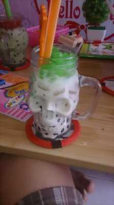 Bán trà sữa