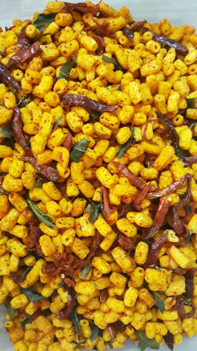 Hủ 300gr Nui sấy vị xá xíu lắc khô bò xé lá chanh ớt thơm ngon hấp dẫn - Food by Mama