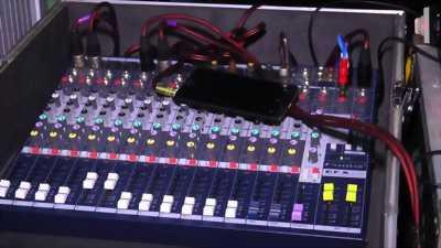 Bàn Mixer Soundcraft MFX 12Line chuyên dùng cho sân khấu ,karaoke