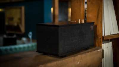 Loa Bluetooth chơi nhạc cực hay, thiết kế sang trọng