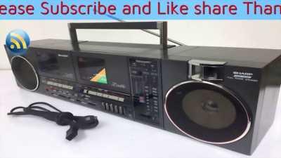 Radio cassette nhỏ
