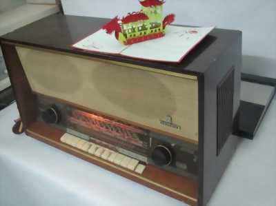 Chiếc radio đèn GRUNDIG 2028 đẹp của Đức&#8211.