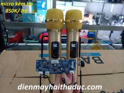 Bộ  Micro  kèm bo mạch sóng UHF dành cho loa kéo